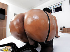 Sexy Tgirl Jennifer Hills takes hardcore dick up her tight horny ass!